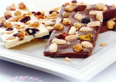 Tabletes Crocantes de Chocolate com Sementes e Frutos Secos