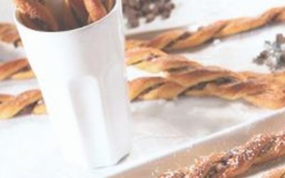 Torcidinhos com chocolate, framboesa e coco