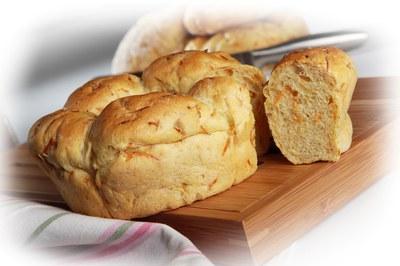 Pão de Milho e Girassol com Cenoura