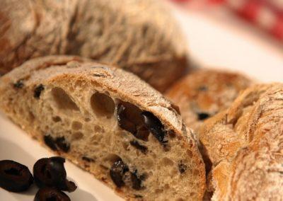 Pão com Azeitonas