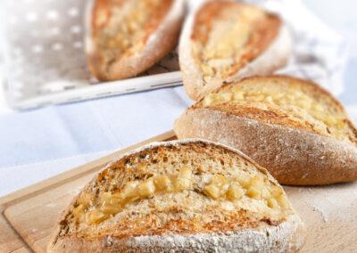 Pão de Aveia com maçã e mel